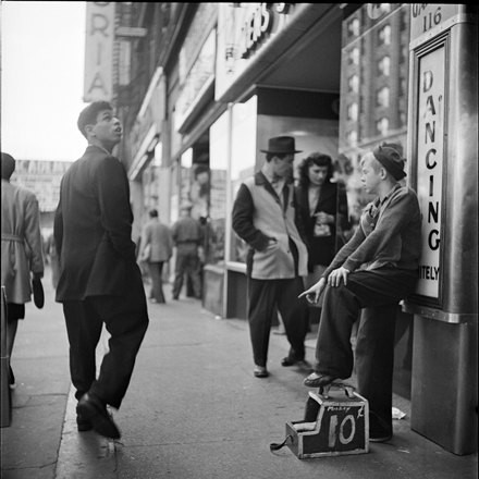 Stanley Kubrick (1928-1999). The Shoe Shine Boy, 1947. Museum of the City of New York. X2011.4.10368.281