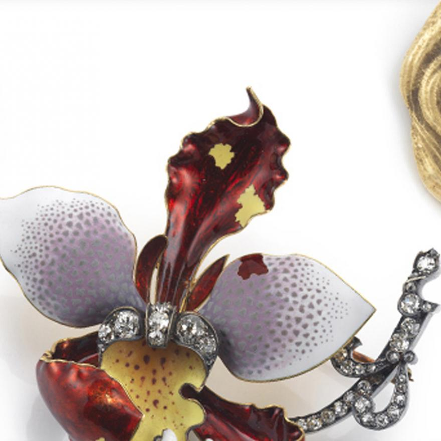 A selection of pins and brooches from the Gilded New York exhibition