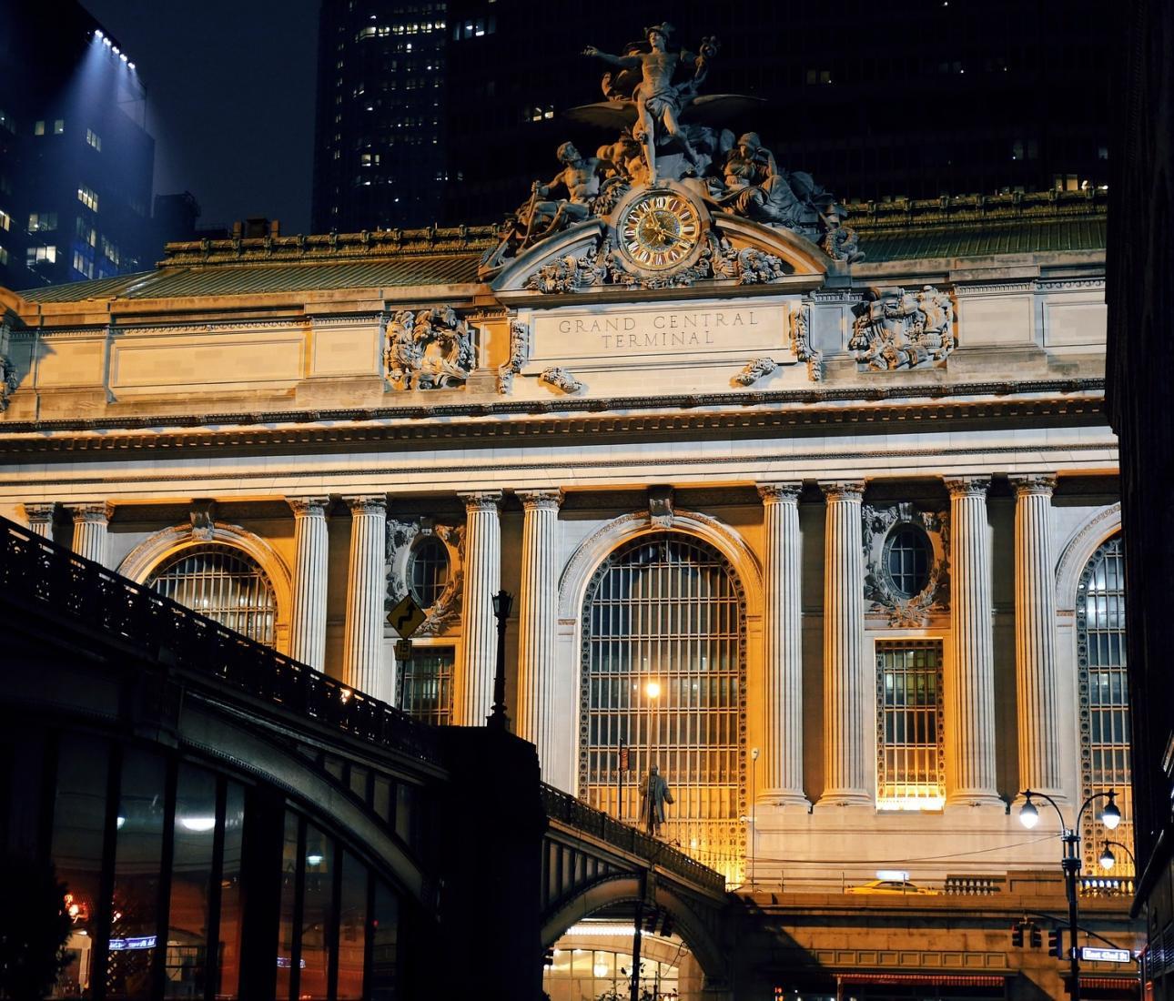 New York in 27 Buildings with Sam Roberts & Alexandra Lange