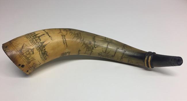 Powder Horn, 1754-1763. Museu da cidade de Nova York. 36.340.