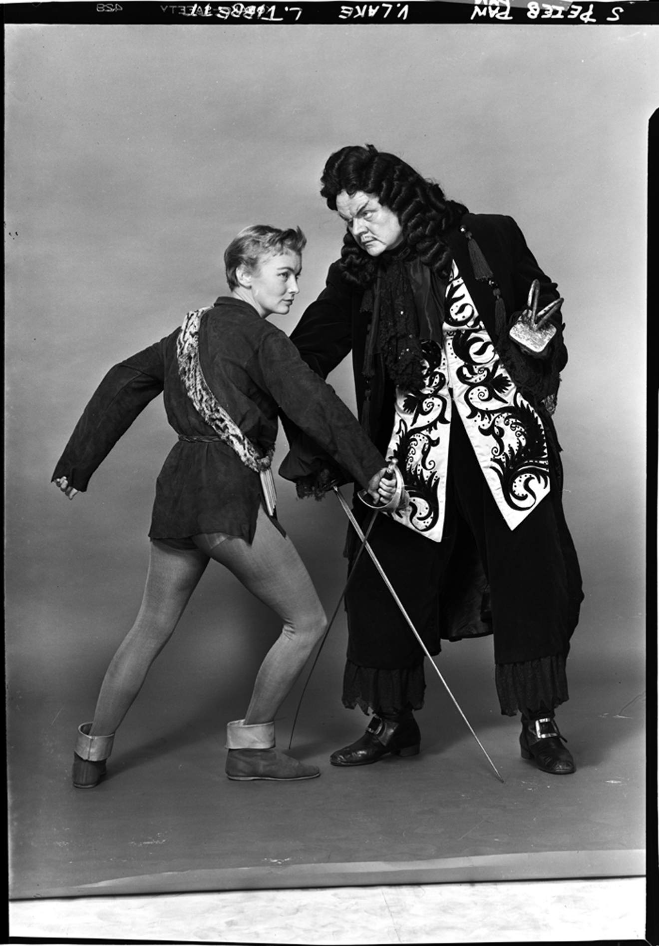 Lucas-Monroe. [Veronica Lake as Peter Pan and Lawrence Tibbett as Captain Hook], 1951. Museum of the City of New York. 80.104.1.2119