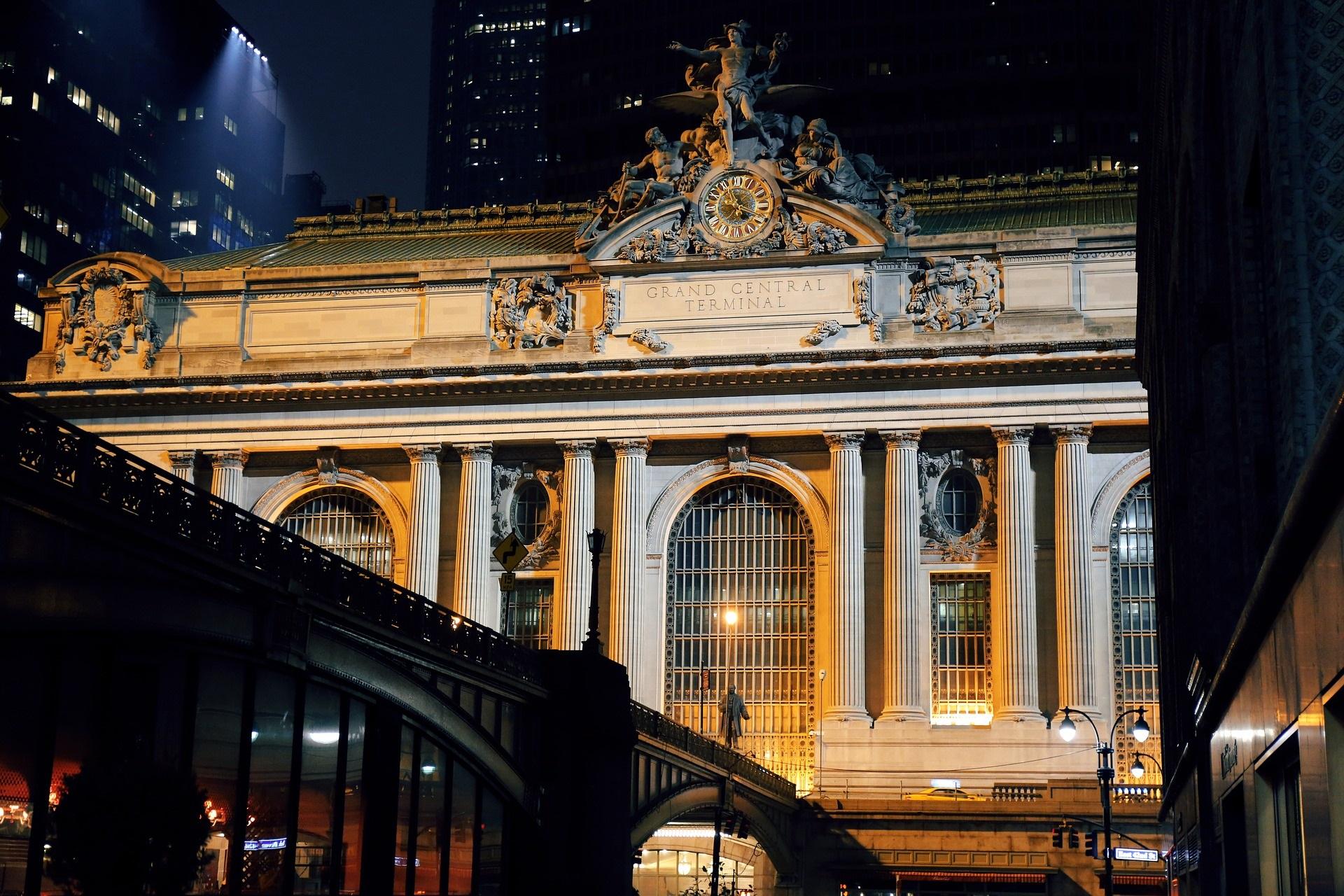27座建筑物的纽约史