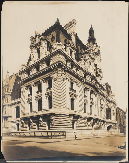 Foto de Wurts Bros de la mansión del senador Clark en la 960 Quinta Avenida, cortesía del museo.