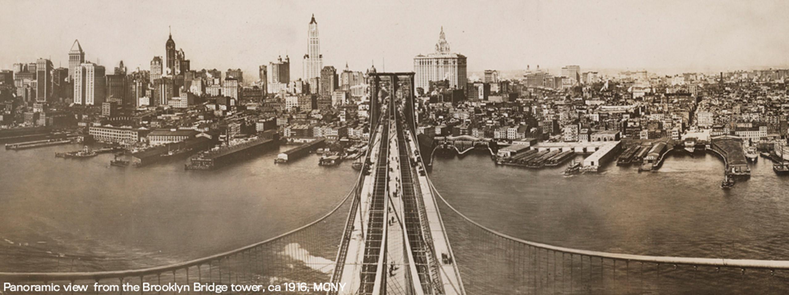 Vista panorámica desde la torre del puente de Brooklyn alrededor de 1916