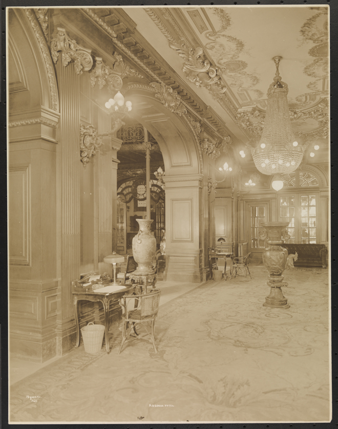 Byron Company, Ansonia Hotel, 1919. Museum of the City of New York. 93.1.1.5373
