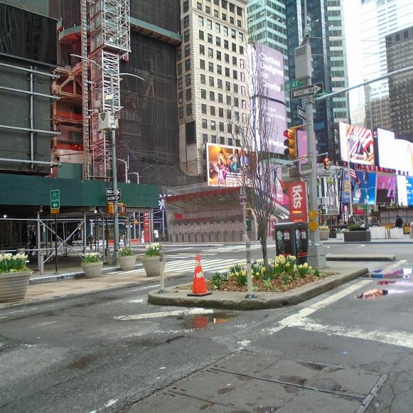 Empty street - Times Square