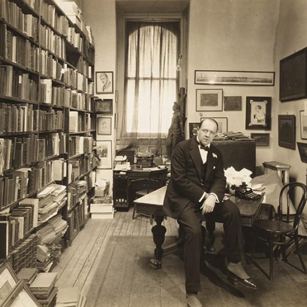 A museum photo by A. B. Bogart of [Guido Bruno] in 1915.