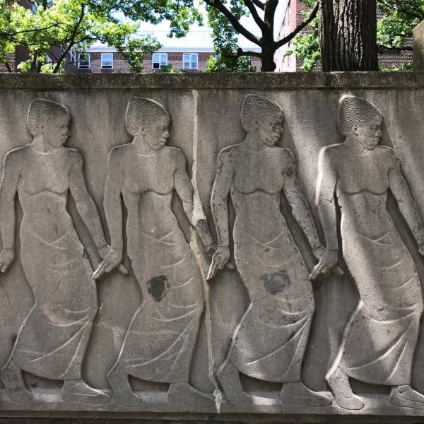 里士满·巴特(RichmondBarthé)出埃及记和金斯伯勒故居的舞蹈饰带细节的照片
