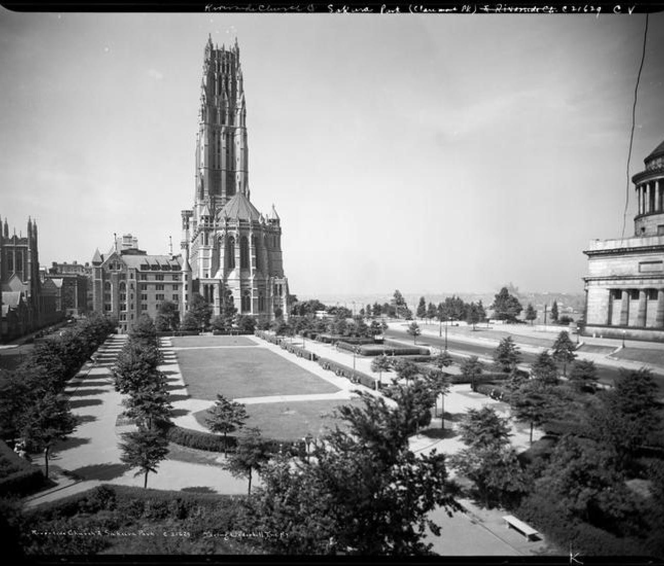 Curator Walking Tour – The World in Morningside Heights